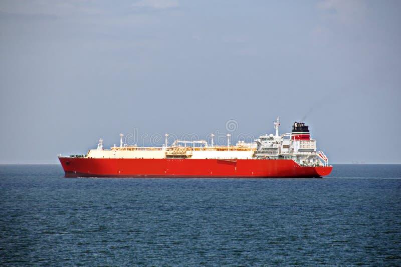 Vues de paysage du littoral et de la route des navires bunkering Îles du Trinidad-et-Tobago images stock