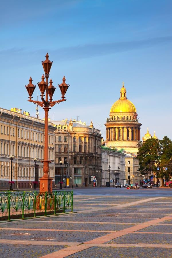 Vues de St Petersburg. La cathédrale d'Isaac de saint images libres de droits