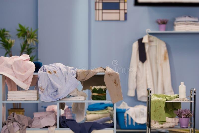 Vuile wasserij stock foto