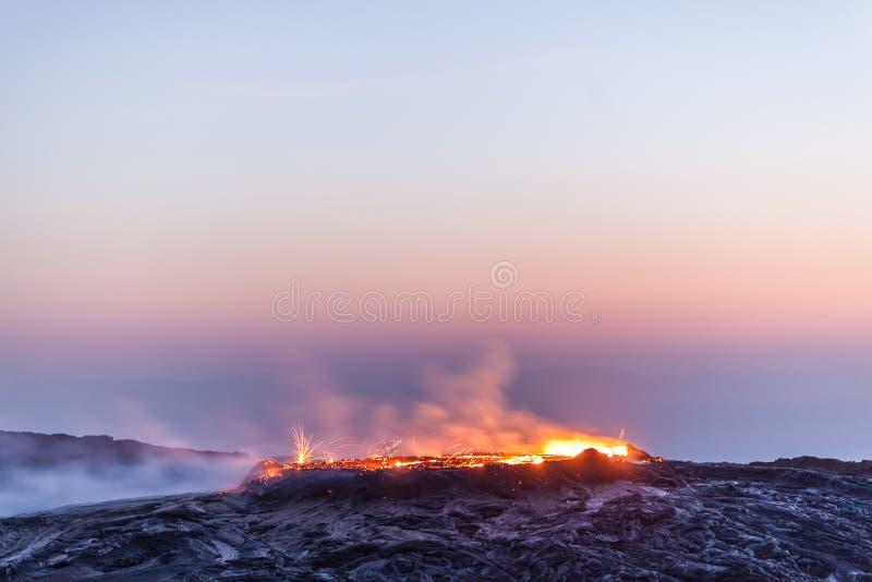 Vulcão da cerveja inglesa de Erta, Etiópia imagens de stock