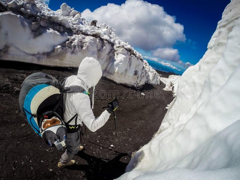 Vulcão de Etna da montagem na ação Italy, Sicilia imagem de stock
