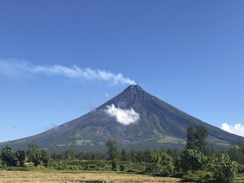 Vulcão de Mayon fotos de stock royalty free