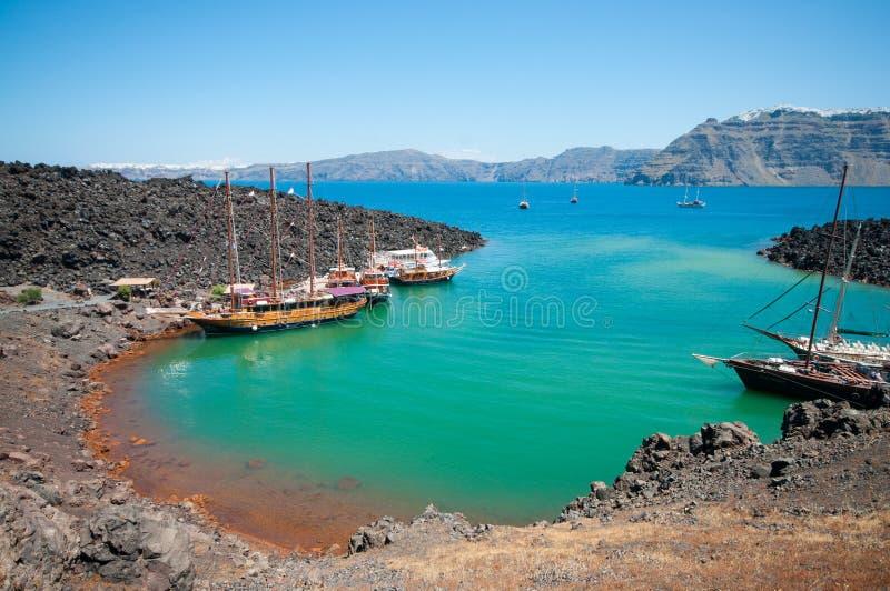 Vulcão de Nea Kameni em Santorini imagem de stock royalty free