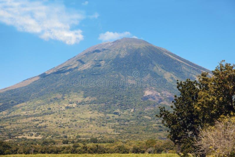 Vulcão de San Miguel fotografia de stock royalty free