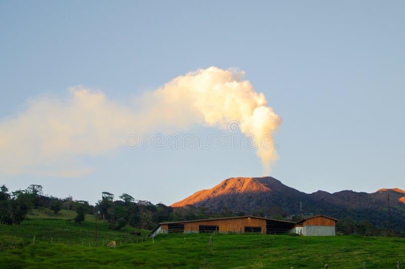Vulcão de Turrialba fotos de stock royalty free