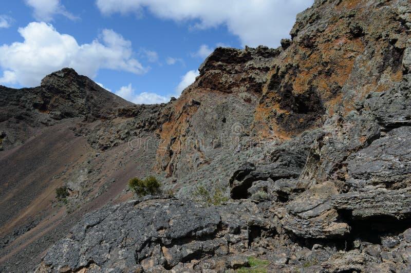 Vulcão extinto no parque nacional Pali Aike no sul do Chile fotos de stock royalty free