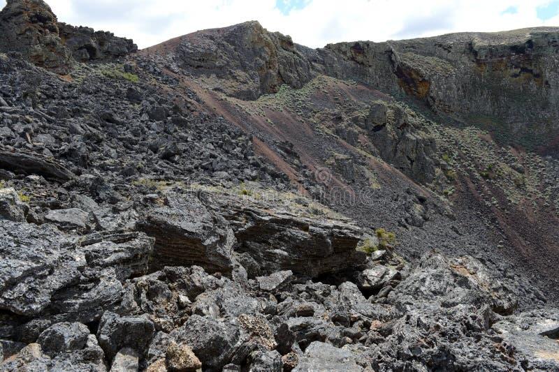 Vulcão extinto o domicílio do diabo no parque nacional Pali Aike fotos de stock