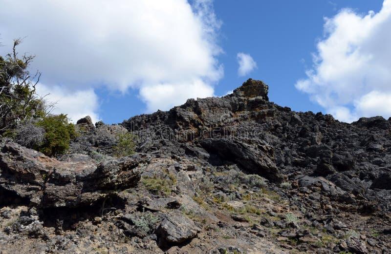 Vulcão extinto o domicílio do diabo no parque nacional Pali Aike no sul do Chile fotos de stock royalty free