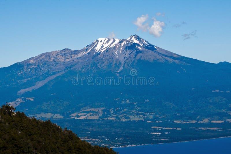 Vulcão o Chile de Calbuco imagem de stock royalty free