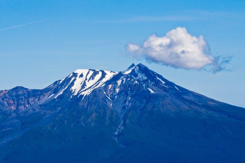 Vulcão Puerto Varas o Chile de Calbuco fotos de stock