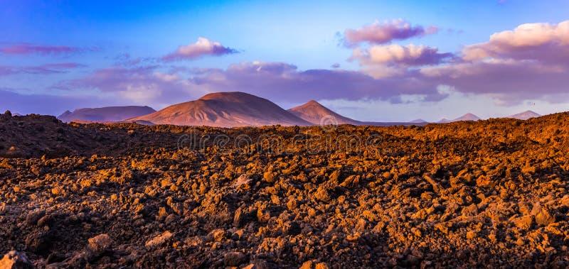 Vulcanes de Lanzarote imagens de stock royalty free