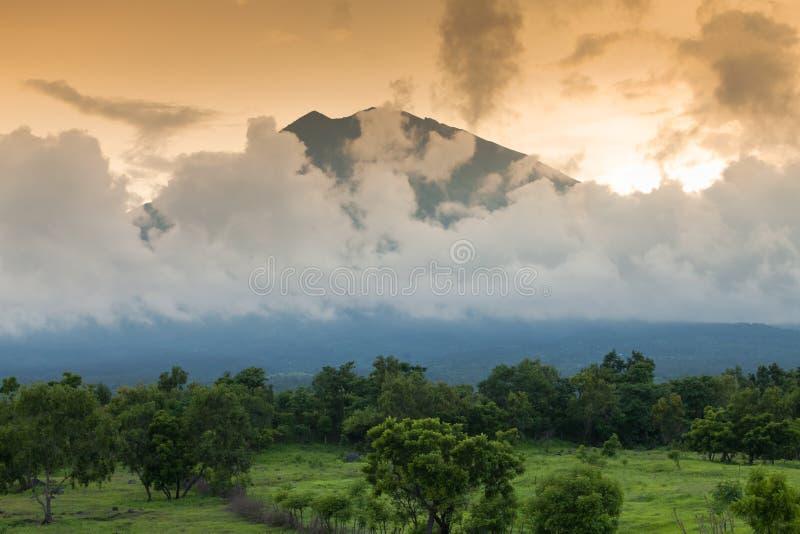 Vulcano di Gunung Agung in Bali immagine stock libera da diritti