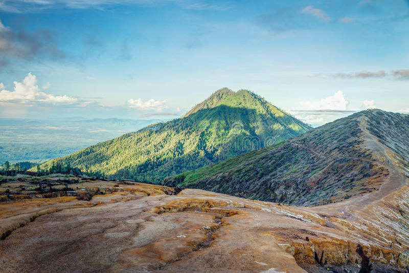 Vulcano di Gunung Raung fotografie stock libere da diritti