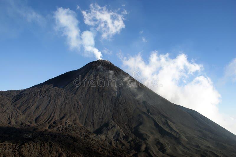 Vulcano di Pacaya immagine stock