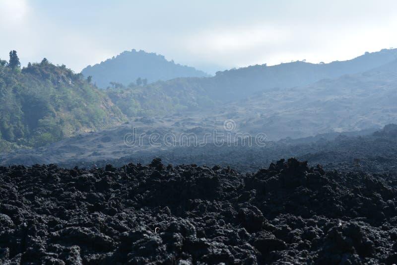 Vulcano di Pacaya vicino all'Antigua Guatemala immagine stock