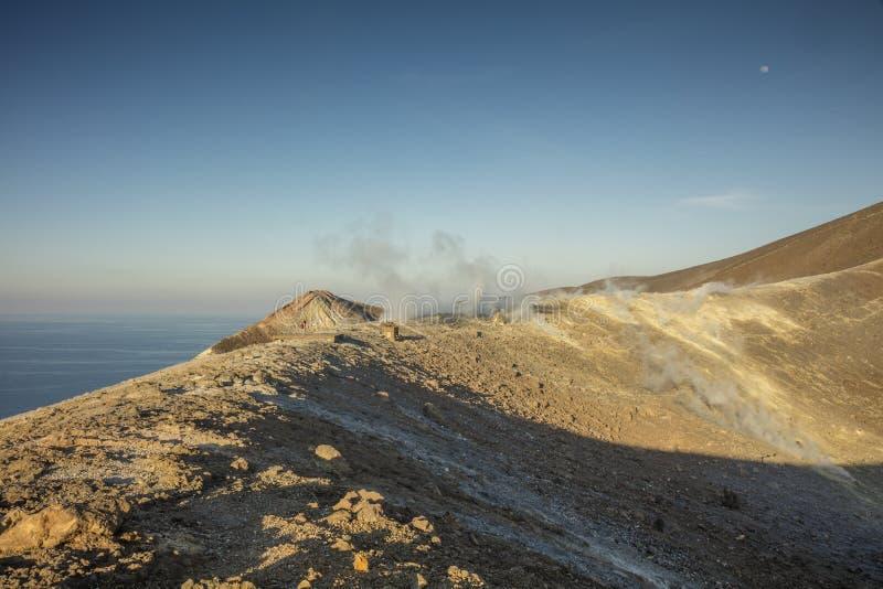 Vulcano eoliska öar arkivfoton