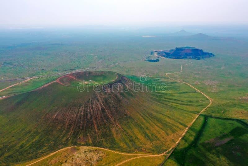 Vulcano nella città di Wulanchabu immagini stock