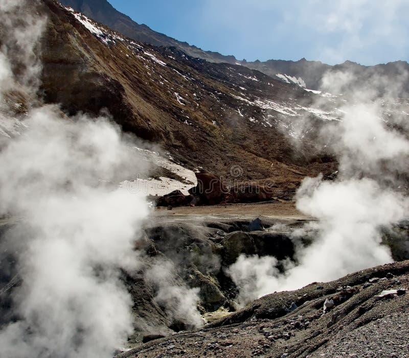 Vulkaan 'Mutnovskaya Sopka ' stock foto's