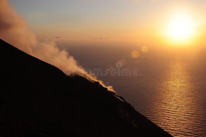 Vulkaan Stromboli. stock afbeelding