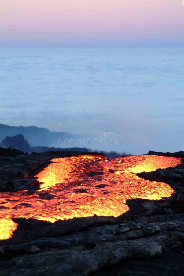 Vulkaanuitbarsting stock afbeelding