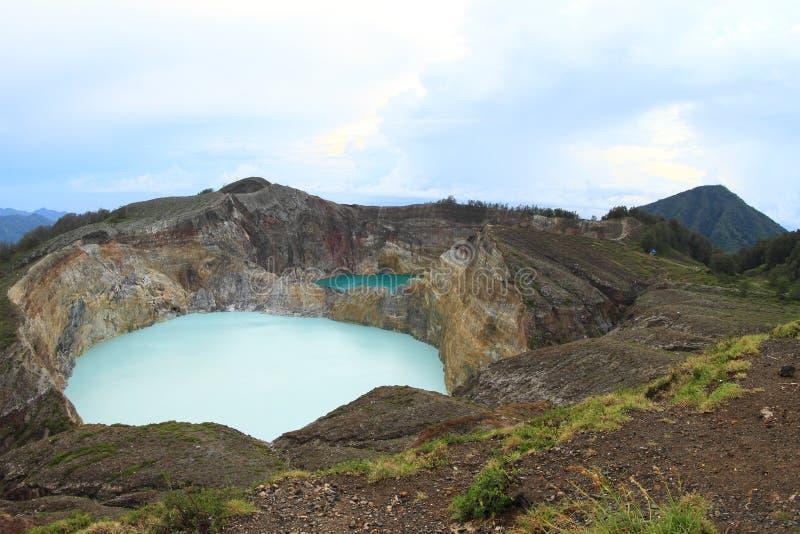 Vulkane Kelimutu mit einzigartigen Seen klopfen und konservieren stockfoto