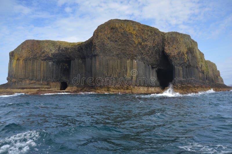 Vulkaninsel von Staffa, Schottland stockfotografie