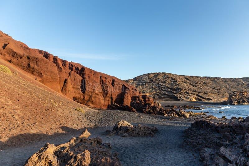 Vulkanisch strand in Lanzarote, Canarische Eilanden, Spanje royalty-vrije stock foto