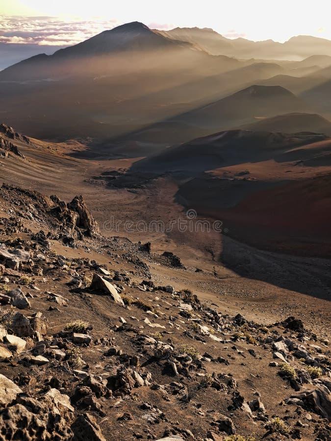 Vulkanische Dämmerung Vert lizenzfreie stockfotografie