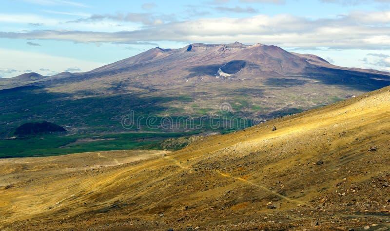Vulkanische Landschaften des Kamchatka-peninaula stockfotografie