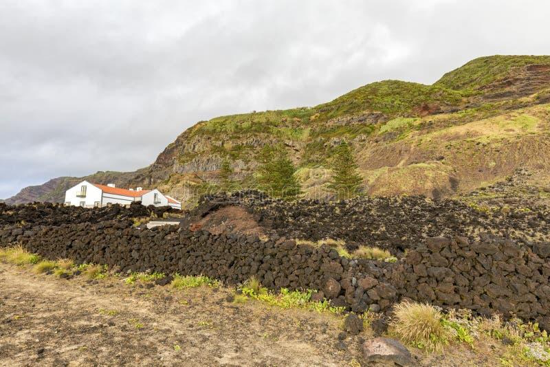 Vulkanische rotsmuur royalty-vrije stock foto