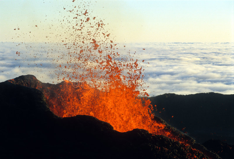 Vulkanische uitbarsting 3 stock afbeeldingen