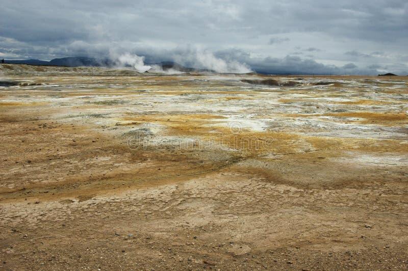 Vulkanische woestijn stock foto's