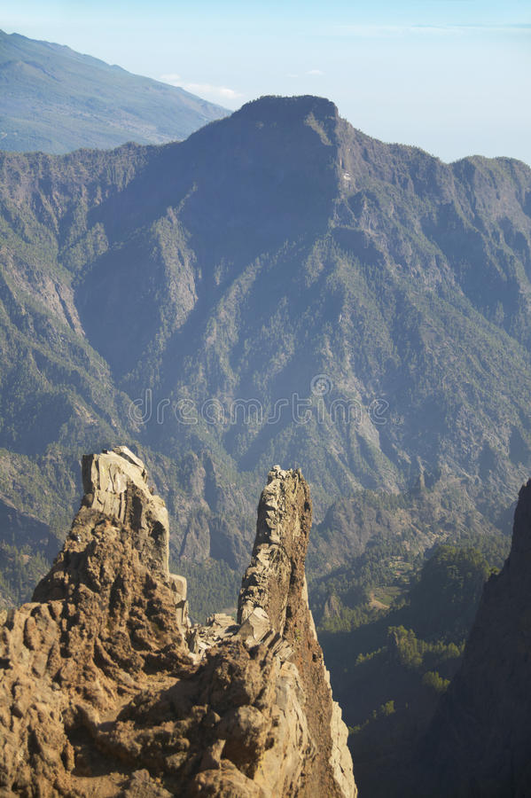 Vulkaniskt landskap i La Palma caldera de taburiente spain royaltyfri foto