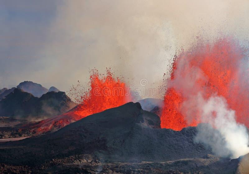 vulkaniskt utbrott royaltyfri bild