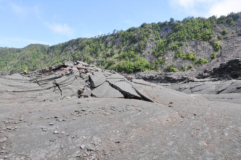 Vulkankrater-Felsenspalt lizenzfreie stockfotos