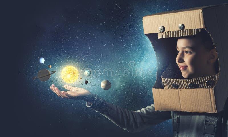 Vuole diventare astronauta Media misti immagine stock