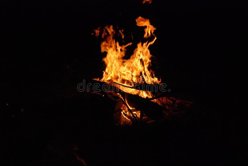 Vuur op seashore2 royalty-vrije stock afbeeldingen