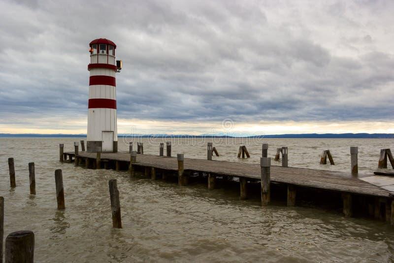Vuurtoren bij Meer Neusiedl stock foto