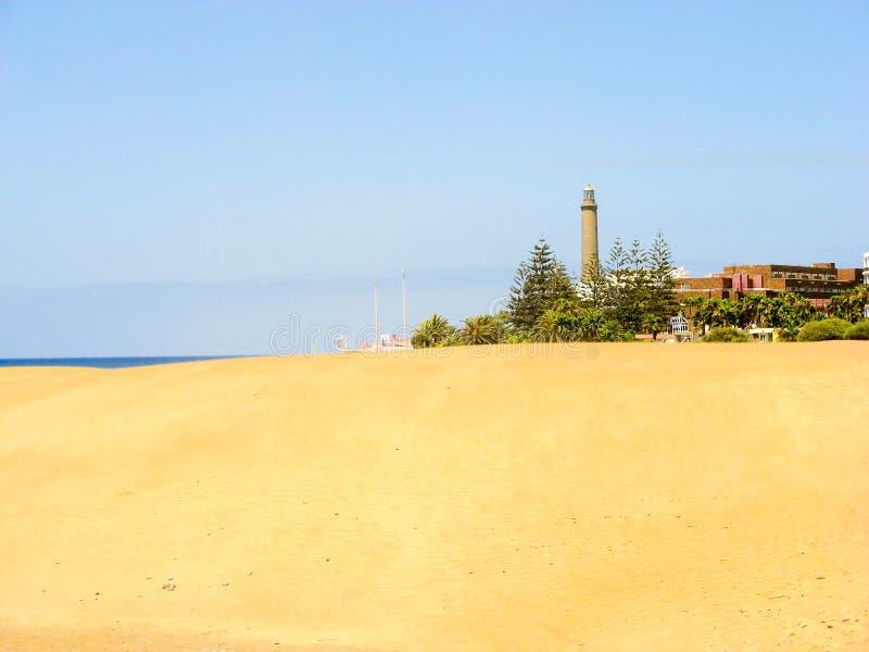 Vuurtoren en duinen in Maspalomas stock afbeeldingen