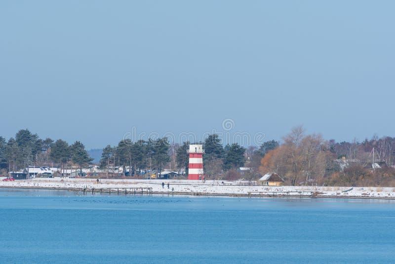 Vuurtoren op de kust van stad van Vordingborg in Denemarken stock foto
