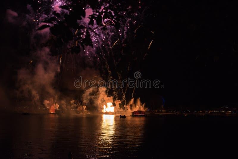 Vuurwerk in Epcot in Walt Disney World royalty-vrije stock afbeelding