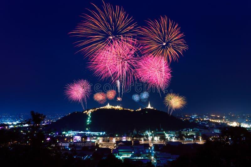 Vuurwerkfestival in Phetchaburi, Thailand royalty-vrije stock fotografie