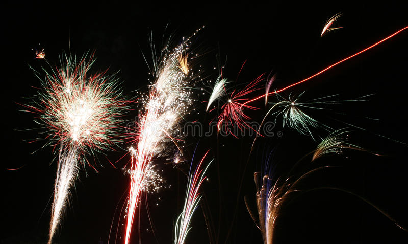 Download Vuurwerkvertoning stock afbeelding. Afbeelding bestaande uit viering - 39101839