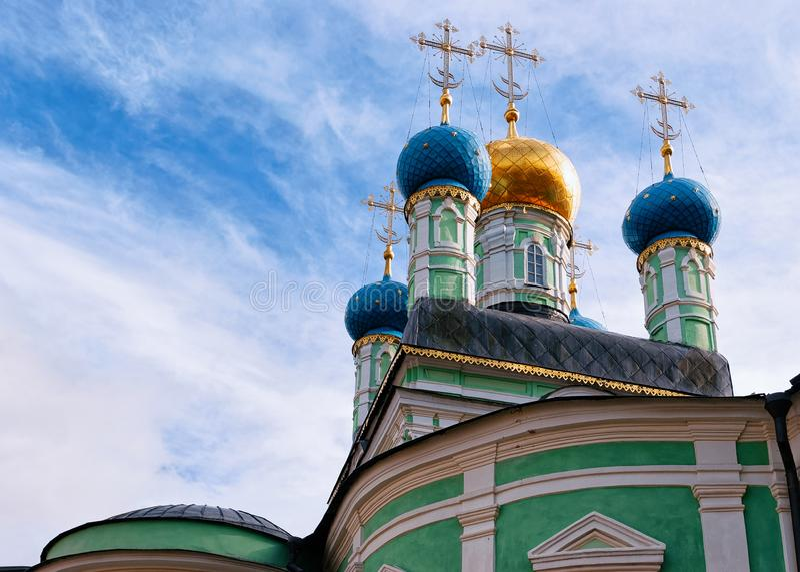 Vvedensky修道院Optina Pustyn科泽利斯克大教堂在俄罗斯的卡卢加州地区 免版税库存照片