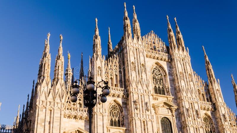 Vview de la catedral de Milano en el synset imagen de archivo libre de regalías