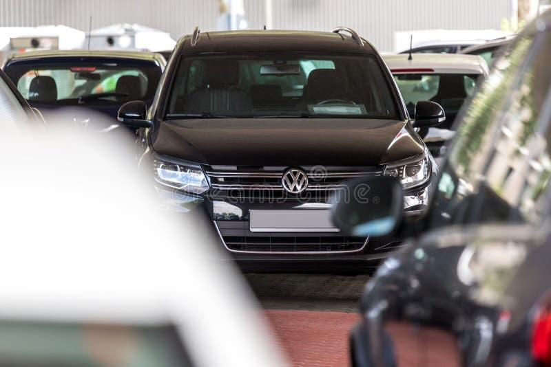 VW-auto in siegen Duitsland stock fotografie