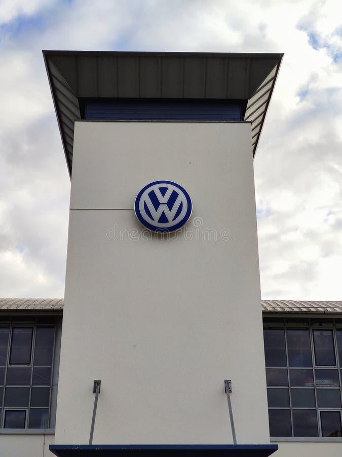 VW-Autohändler/ Werkstätten stockfotografie