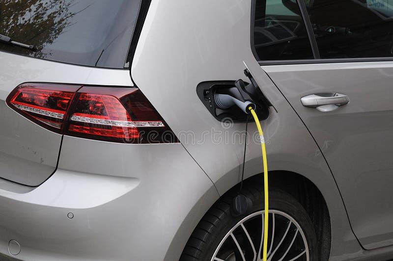 VW-ELEKTRO-MOBIL lizenzfreie stockfotos