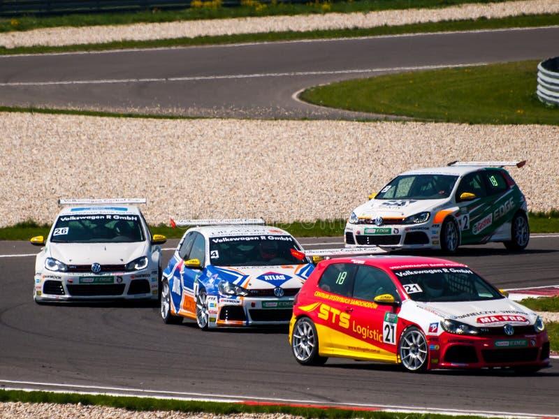 VW Golf racerbilar royaltyfri fotografi