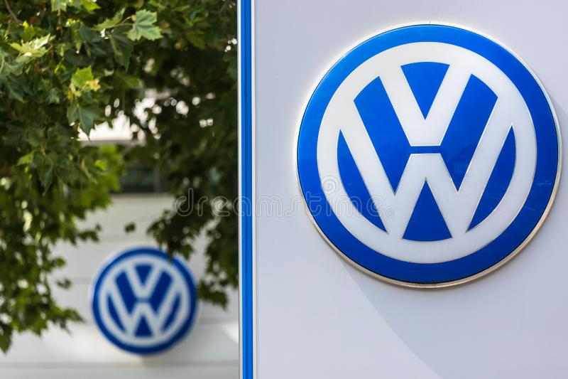 VW-tekens in siegen Duitsland royalty-vrije stock foto's